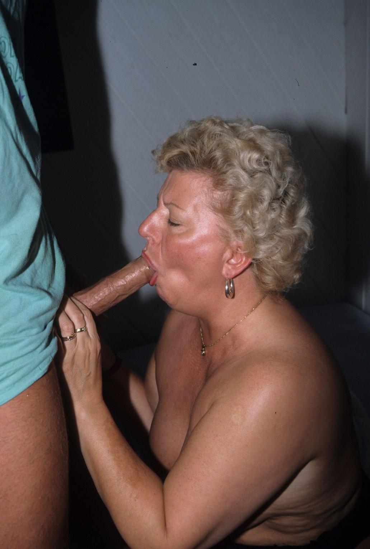 Older women blowjob pics